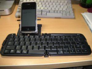 素晴らしきiPhone+青歯keyboard!